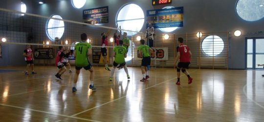 Juniorzy wygrywają w Tarnowie !